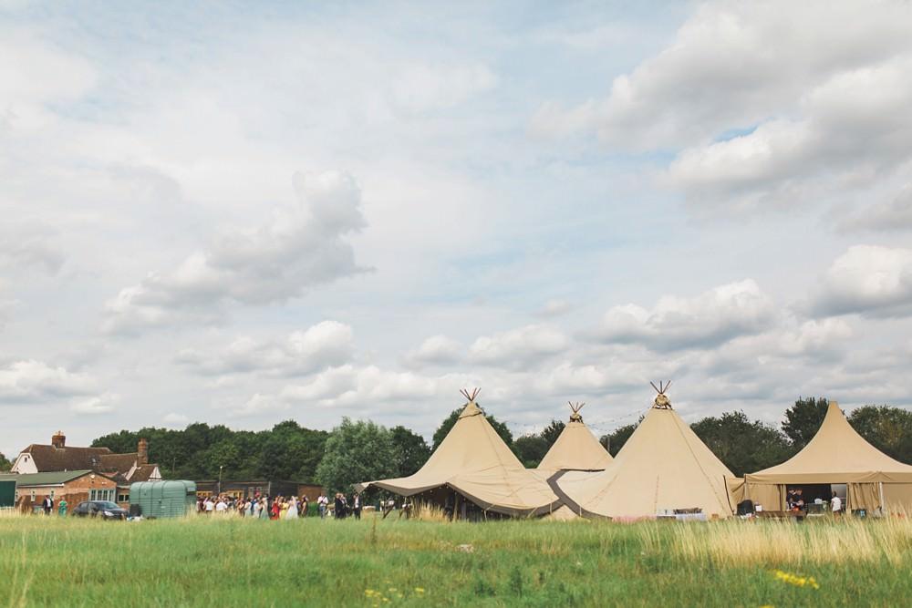 Tipi Bedfordshire Farm Wedding Milkbottle Photography