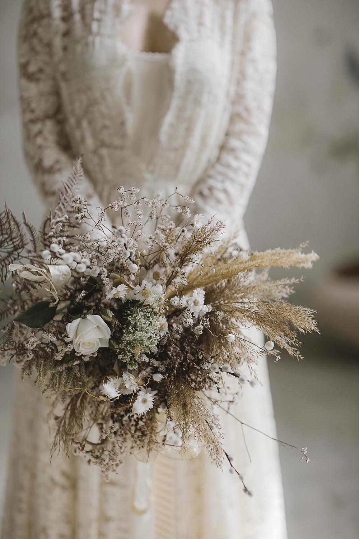 Bouquet Flowers Bride Bridal Dried Flowers Pampas Grass Ethereal Artistic Wedding Ideas Francesca Francesca