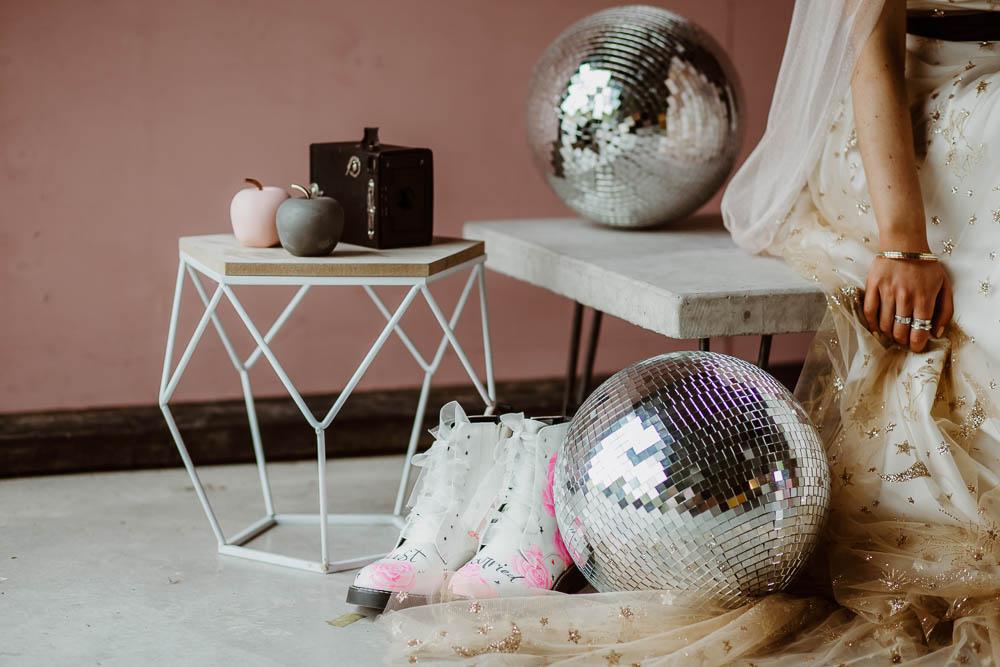 Disco Ball Roller Skates Giraffe Shed Wedding When Charlie Met Hannah