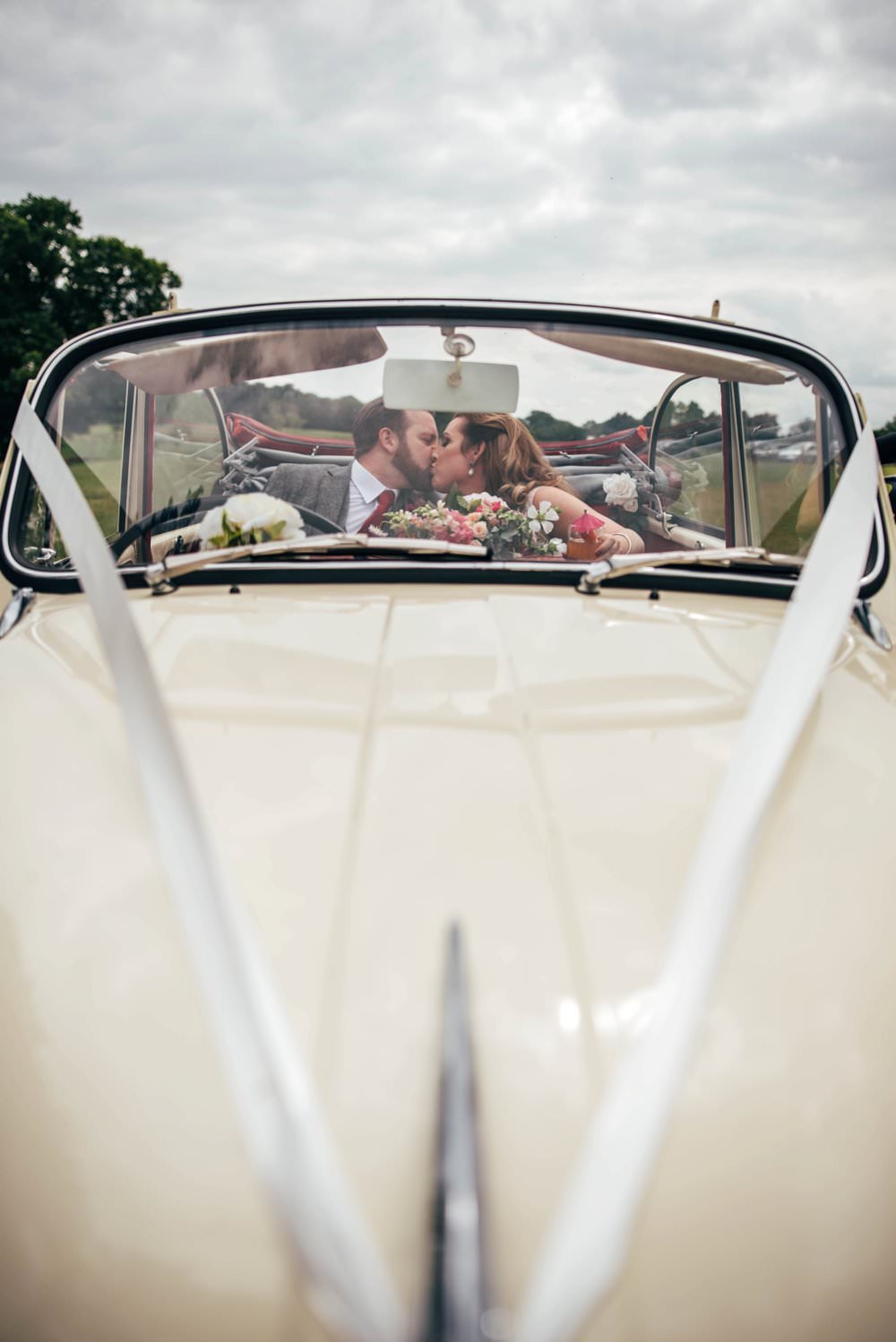 Transport Car Pink Red Wedding Three Flowers Photography