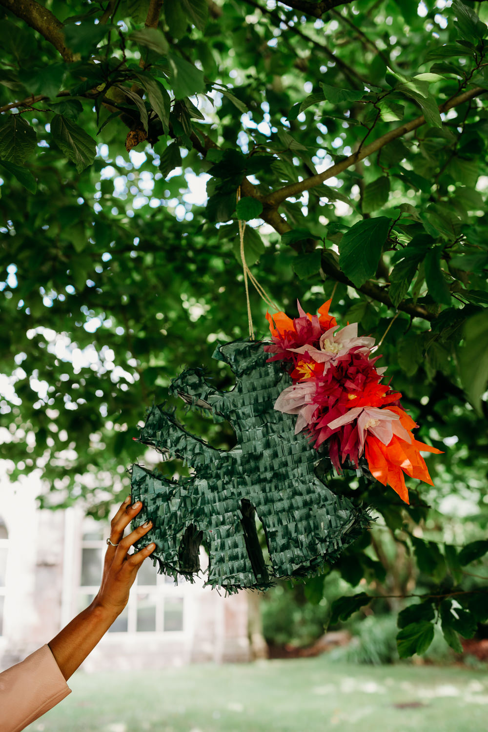 Pinata Tropical Wedding Ideas When Charlie Met Hannah