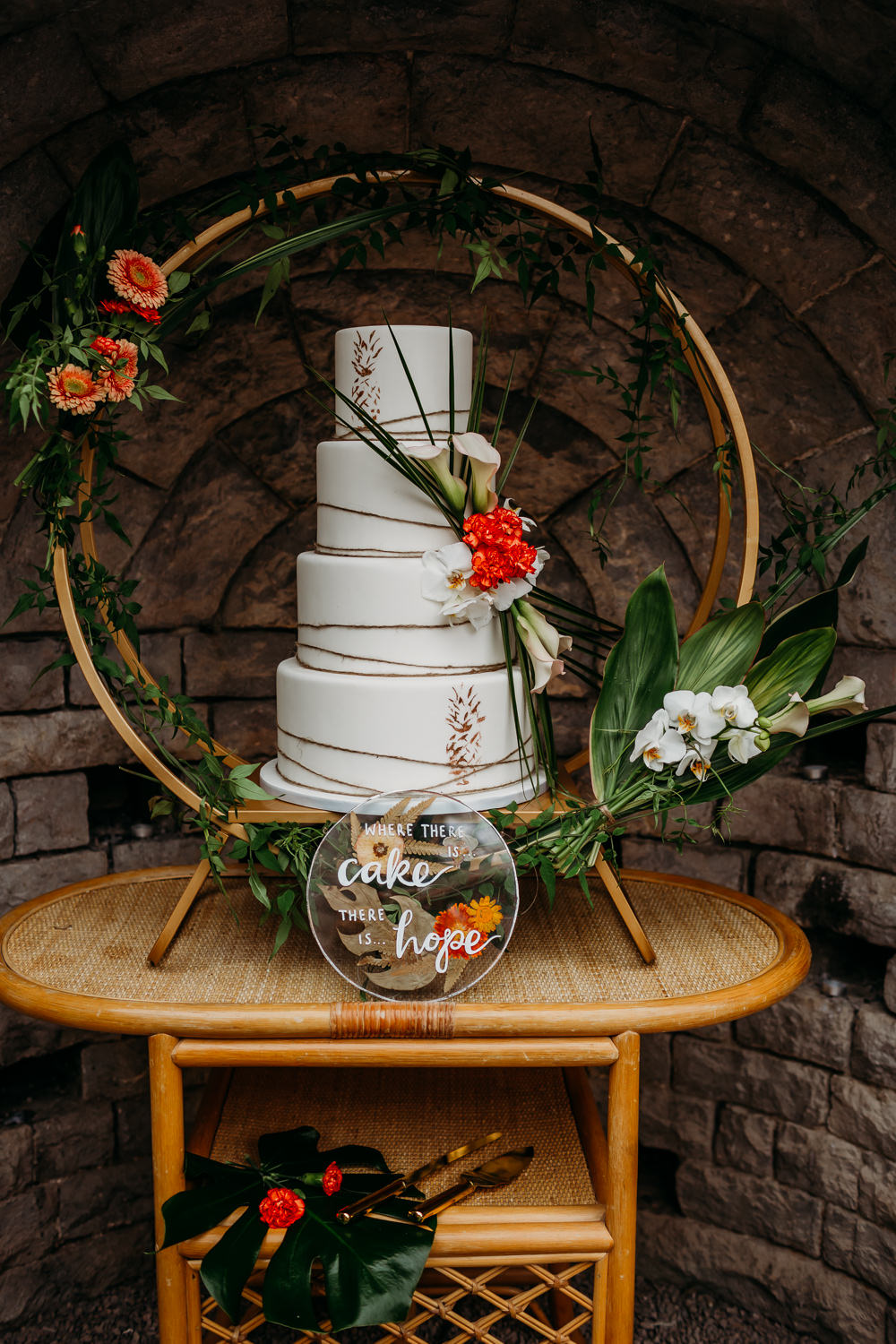 Leaves Twine Pineapples Cake Table Hoop Greenery Moon Gate Foliage Tropical Wedding Ideas When Charlie Met Hannah
