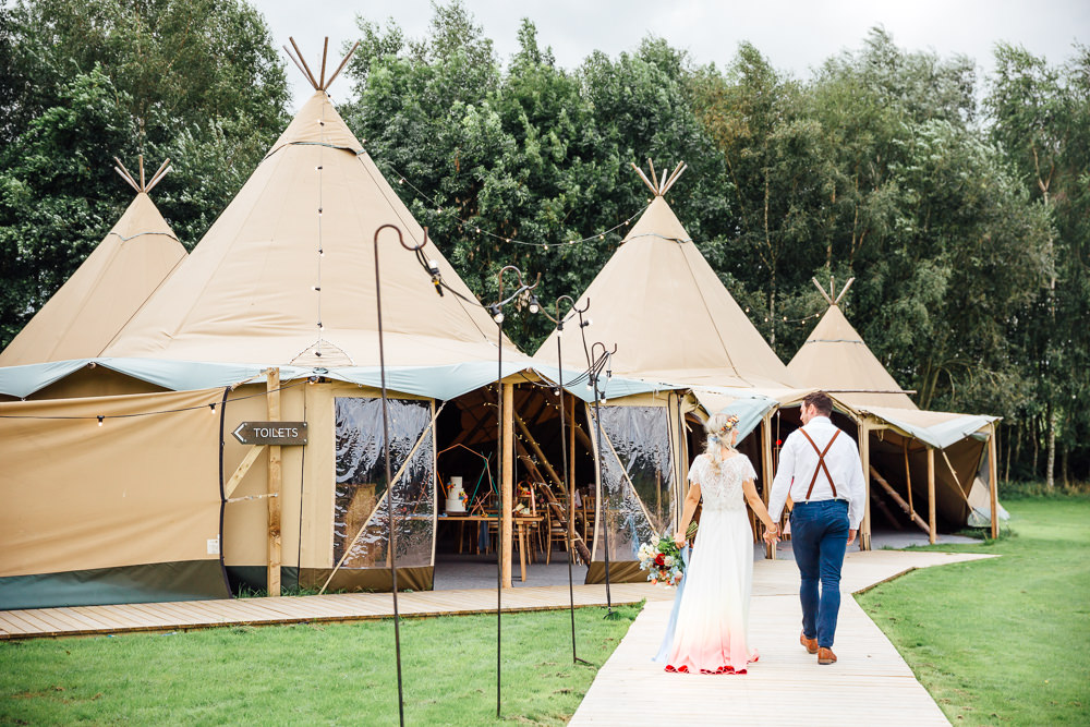 Tipi Autumn Festival Wedding Ideas Indigo and Violet Photography