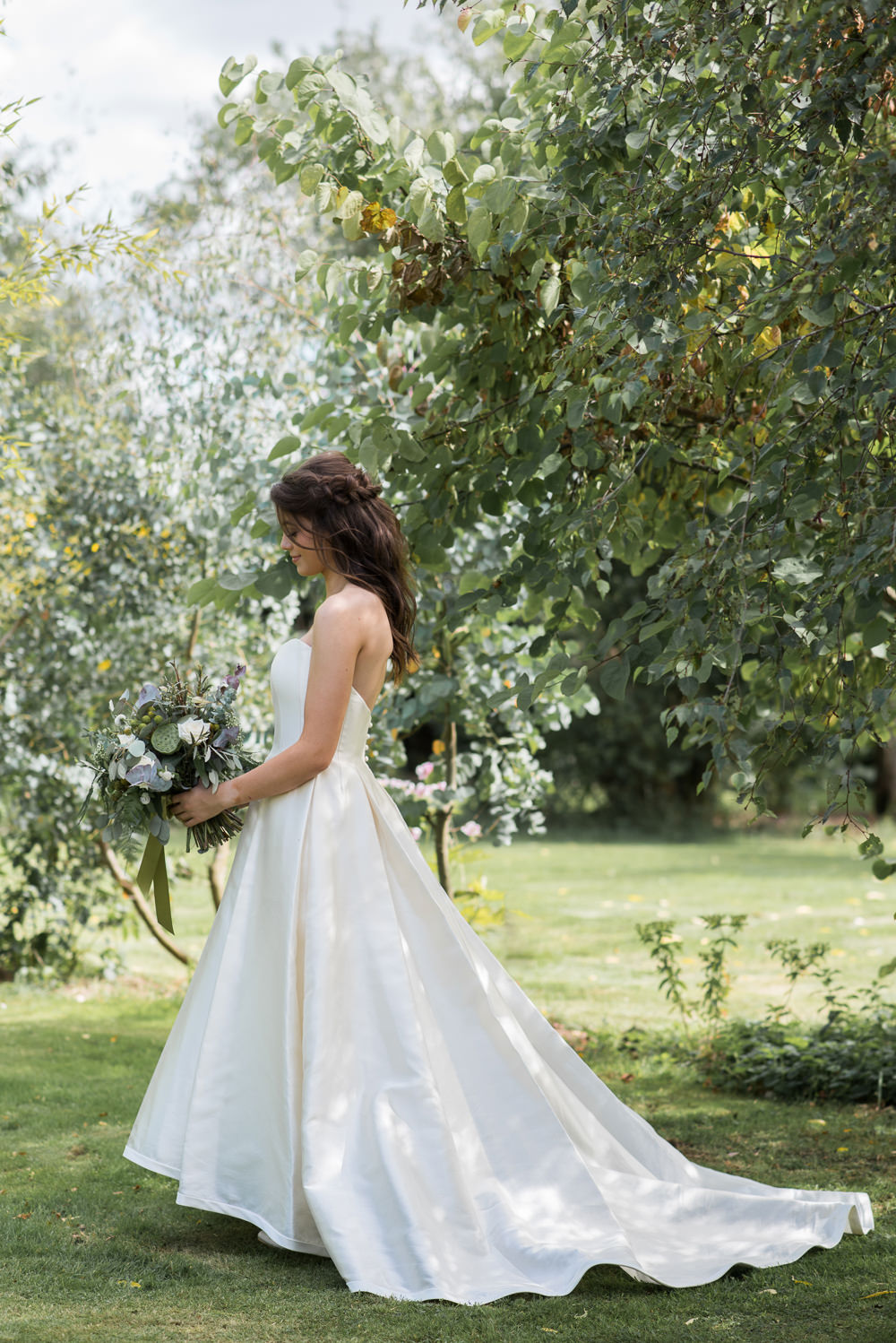 Bride Bridal Dress Gown Strapless Sassi Holford Satin Bodice Train Minimalist Wedding Ideas Nicola Belson Photography