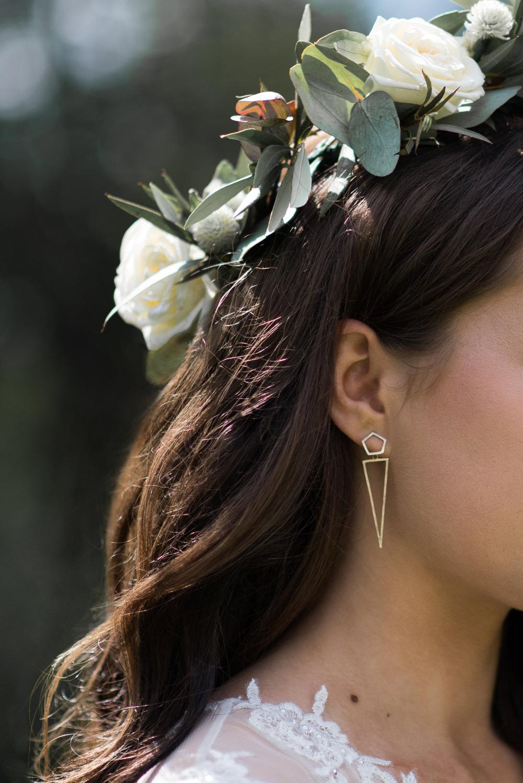 Geometric Gold Earrings Minimalist Wedding Ideas Nicola Belson Photography