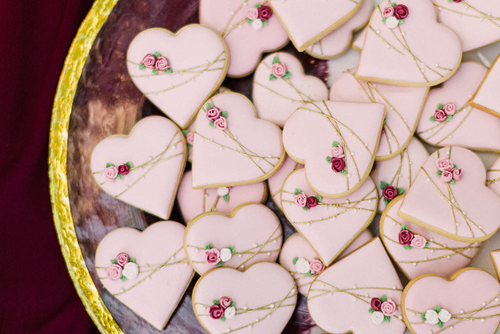 Heart Biscuits Tortworth Court Wedding Sanshine Photography
