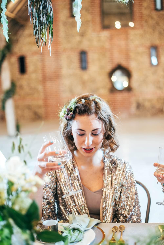 Bridesmaid Bridesmaid Hair Style Short Waves Tuffon Hall Wedding Three Flowers Photography