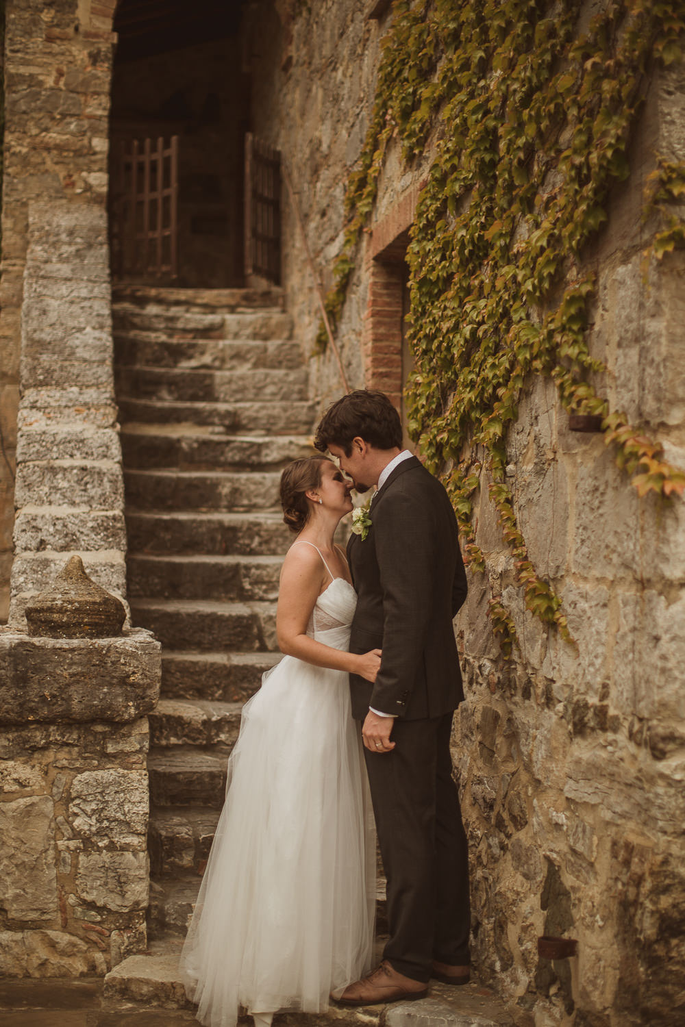 Utterly Romantic Italy Villa Wedding with Twinkling Festoon Lights
