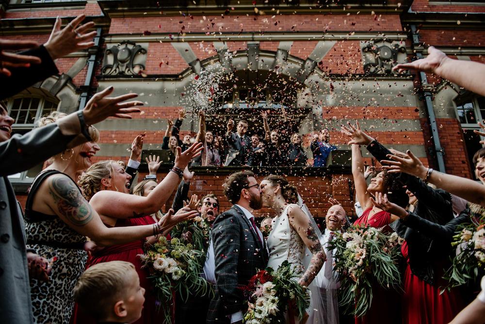 Confetti Throw Indie Autumn Wedding Kazooieloki Photography