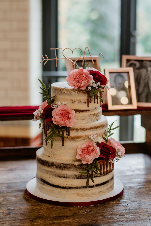 Semi Naked Cake Sponge Layer Wire Art Topper Flowers Indie Autumn Wedding Kazooieloki Photography