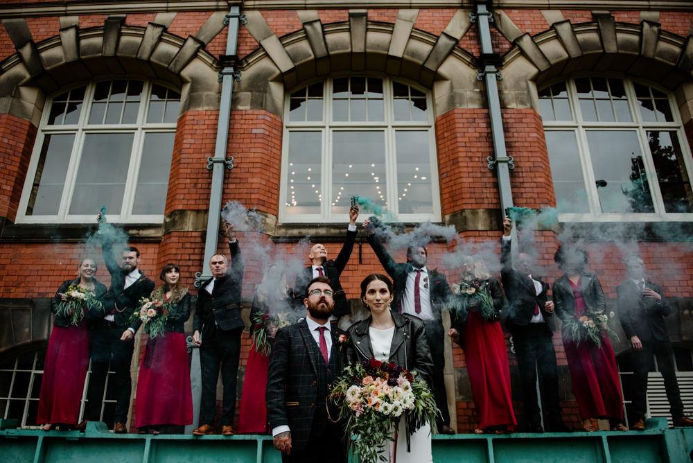 Smoke Bomb Portrait Photo Photos Group Indie Autumn Wedding Kazooieloki Photography
