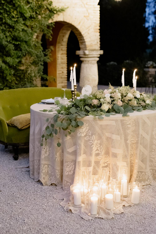 Sweetheart Table Greenery Foliage Candles Natural Italy Villa Wedding Flavia Eleonora Tullio