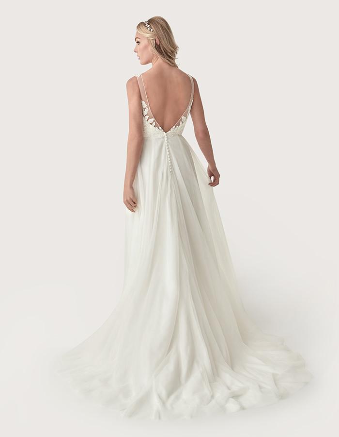2020 Wedding Dress Trends WED2B