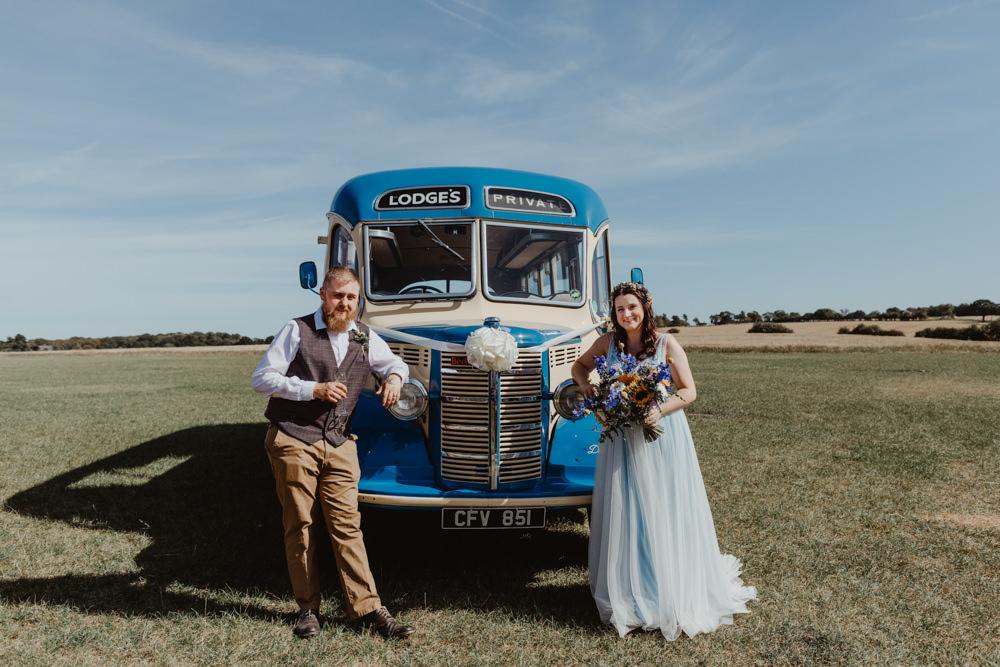 Vintage Bus Transport Barns Lodge Farm Wedding Stevie Jay Photography