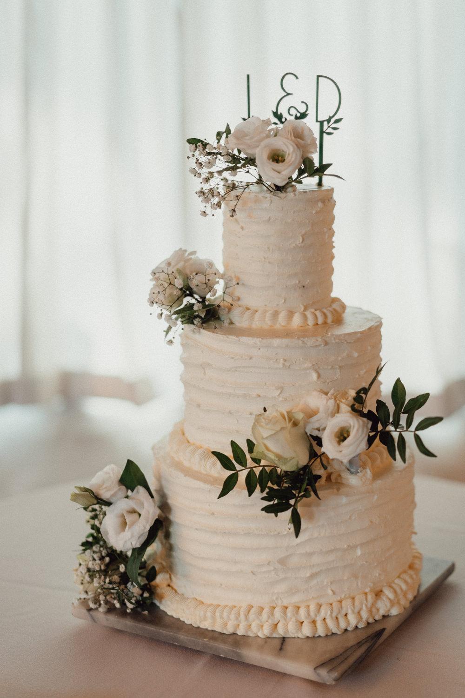White Iced Cake Buttercream Flowers Wire Topper Countryside Barn Wedding Emily & Steve Photography