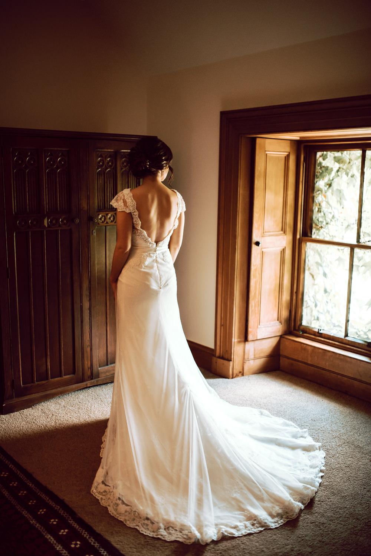 Dress Gown Bride Bridal Train Lusan Mandongus Lace Dalduff Farm Wedding Northern Aye Photography