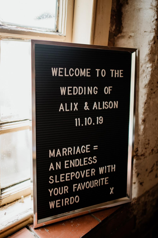 Welcome Sign Signs Peg Board Fun Barn Wedding Kazooieloki Photography