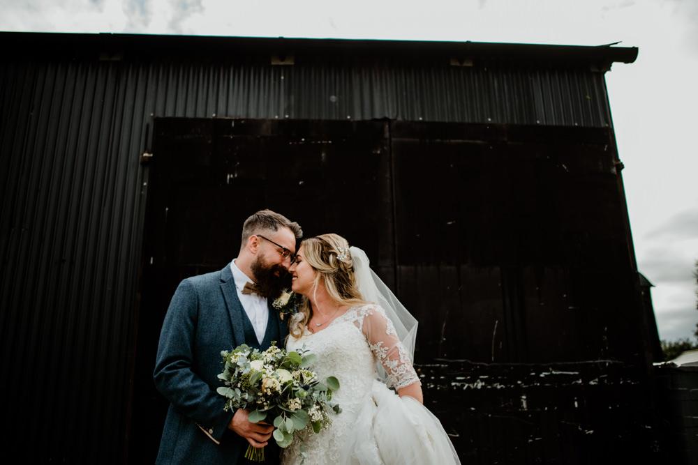 Fun Barn Wedding Kazooieloki Photography