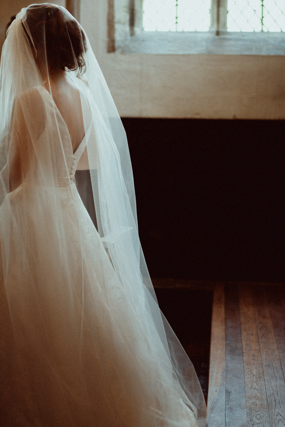Dress Gown Bride Bridal Veil Suzanne Neville Tulle Priors Court Barn Wedding Emily & Steve Photography