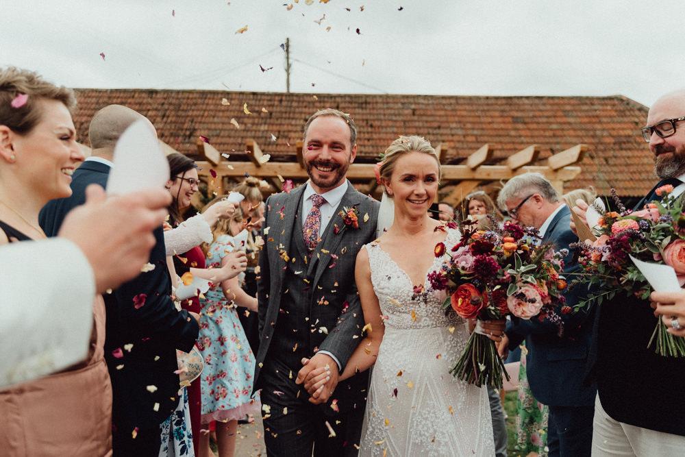 Confetti Ufton Court Wedding Emily & Steve Photography