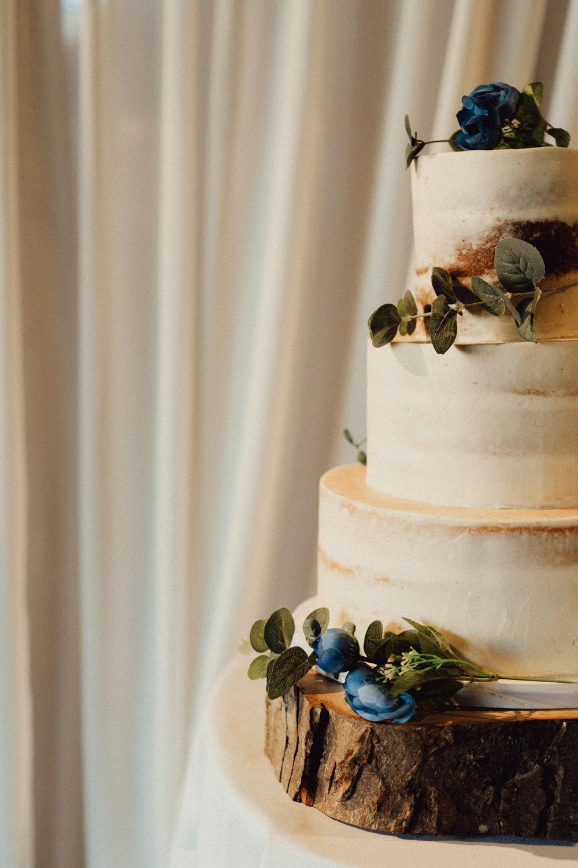 Semi Naked Cake Log Slice Cake Stand Pitt Hall Barn Wedding Emily & Steve Photography