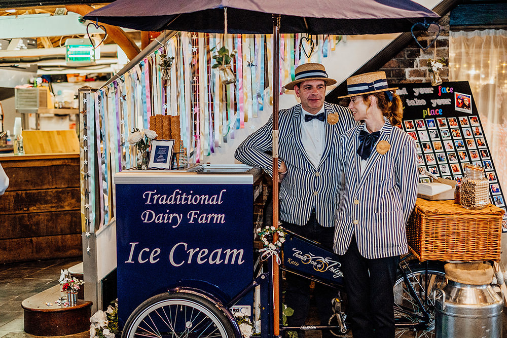Ice Cream Cart Sparkly Wedding Anna Pumer Photography