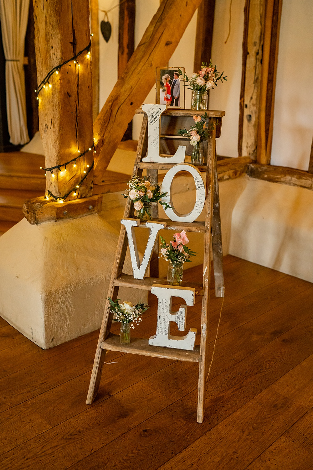 Wooden Ladder Photos Flowers Stylish Rustic Wedding Mia Photography