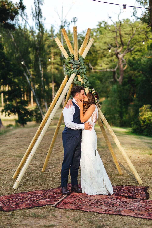 Brook Farm Wedding Kirsty Mackenzie Photography Naked Tipi Rugs