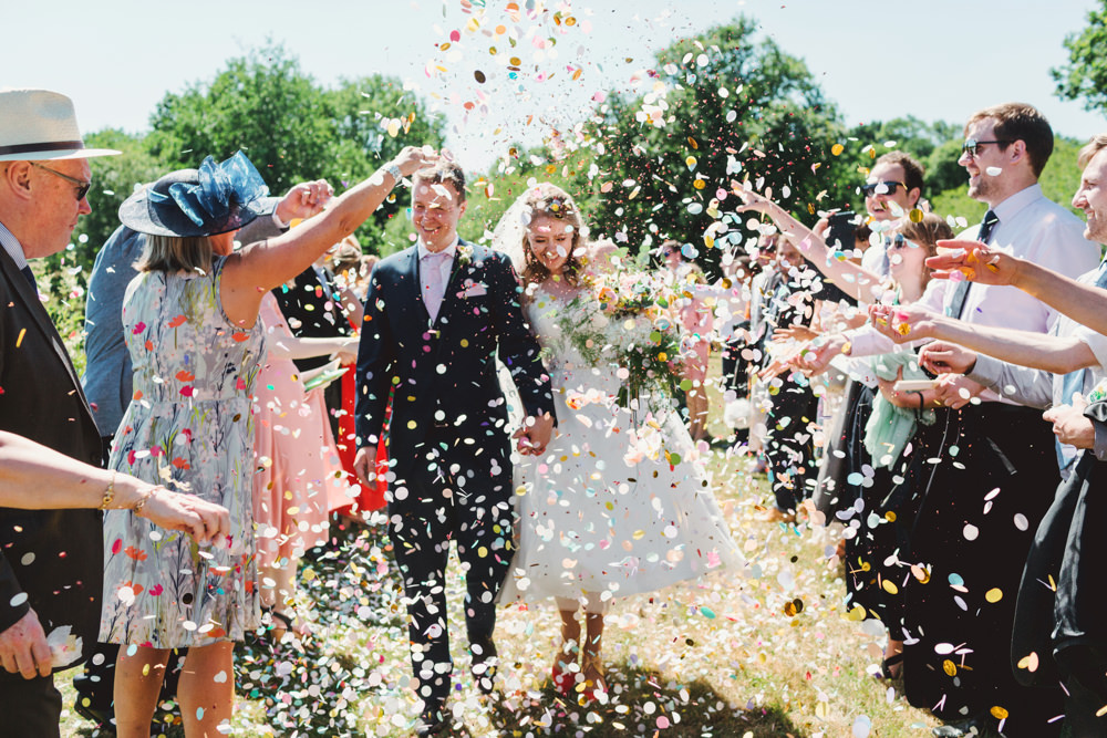 Confetti Throw Yew Tree Lakes Wedding Charlotte Hu Photography