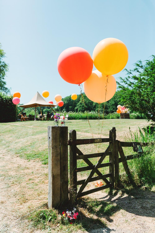 Giant Helium Balloons Yew Tree Lakes Wedding Charlotte Hu Photography