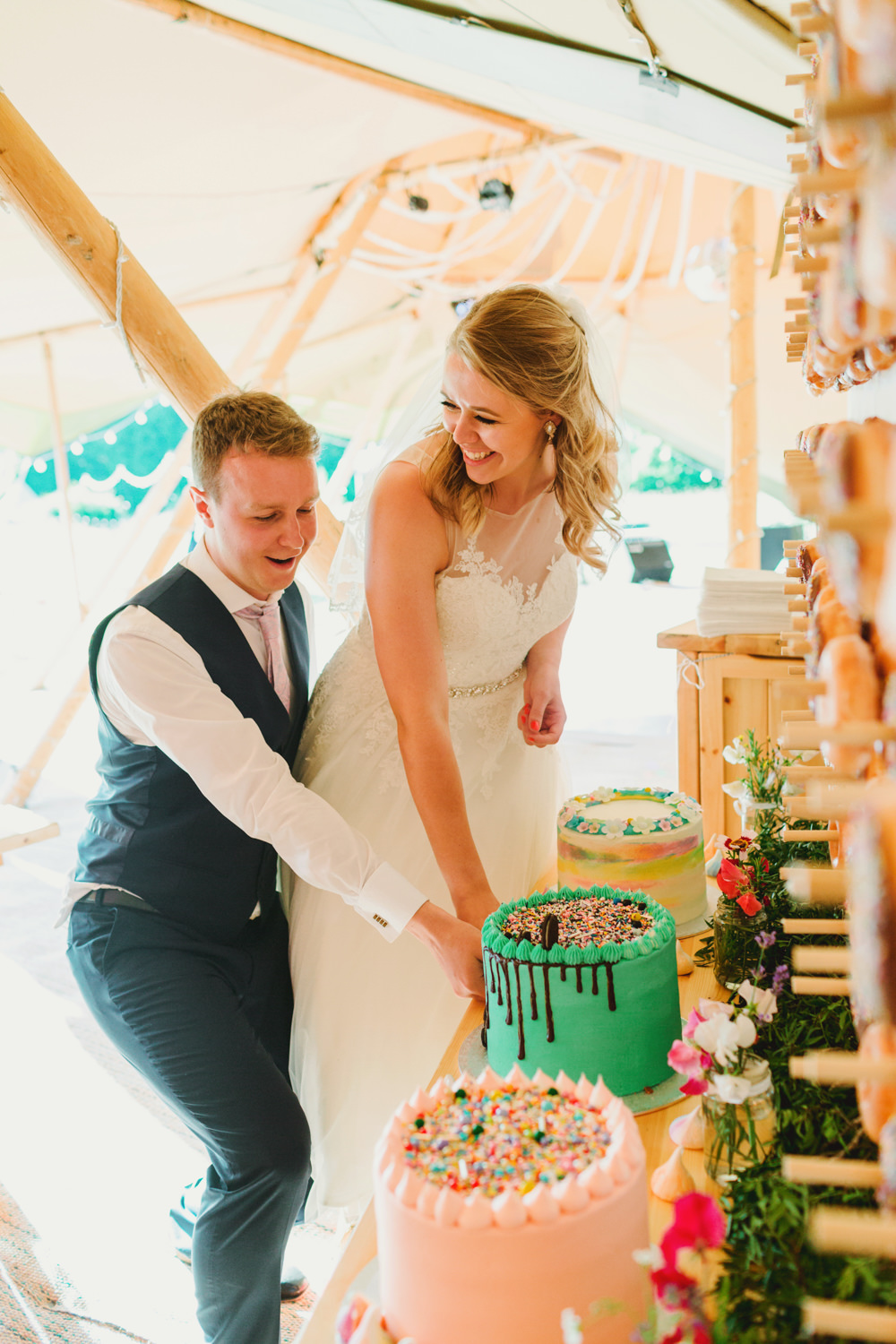 Cake Drip Mint Green Oreo Sprinkles Yew Tree Lakes Wedding Charlotte Hu Photography