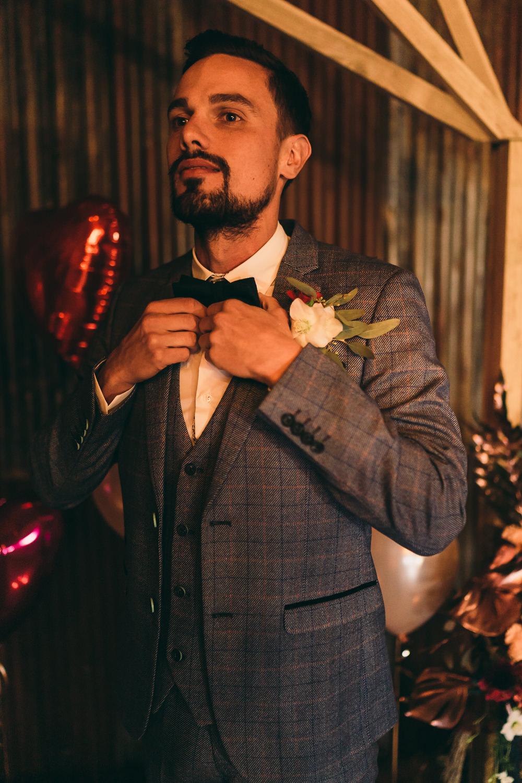 Groom Suit Blue Bow Tie Buttonhole Balloon Wedding Ideas Leesha Williams Photography