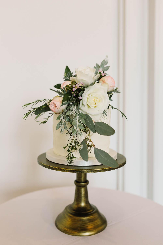 Cake Buttercream Minimalist Floral Flowers Compton Verney Wedding Danielle Smith Photography
