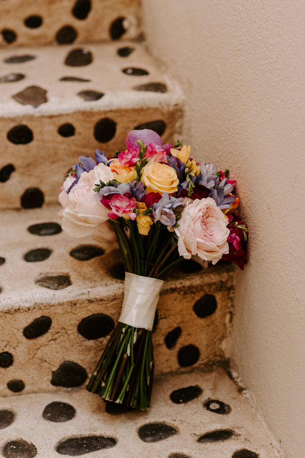 Bouquet Flowers Bride Bridal Colourful Rose Santorini Wedding Phosart Photography