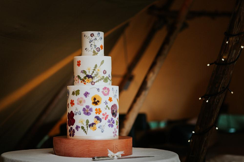 Petal Confetti Flower Pressed Edible Cake Wootton Farm Estate Wedding Kate Gray Photography