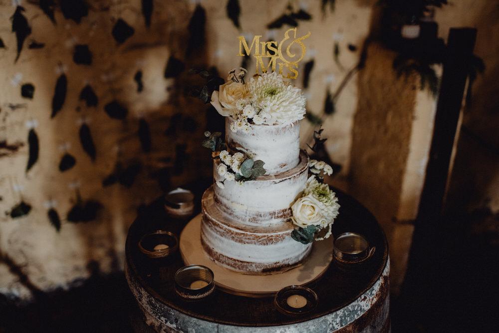 Cake Semi Naked Flowers Topper Comrie Croft Wedding Neil Thomas Douglas