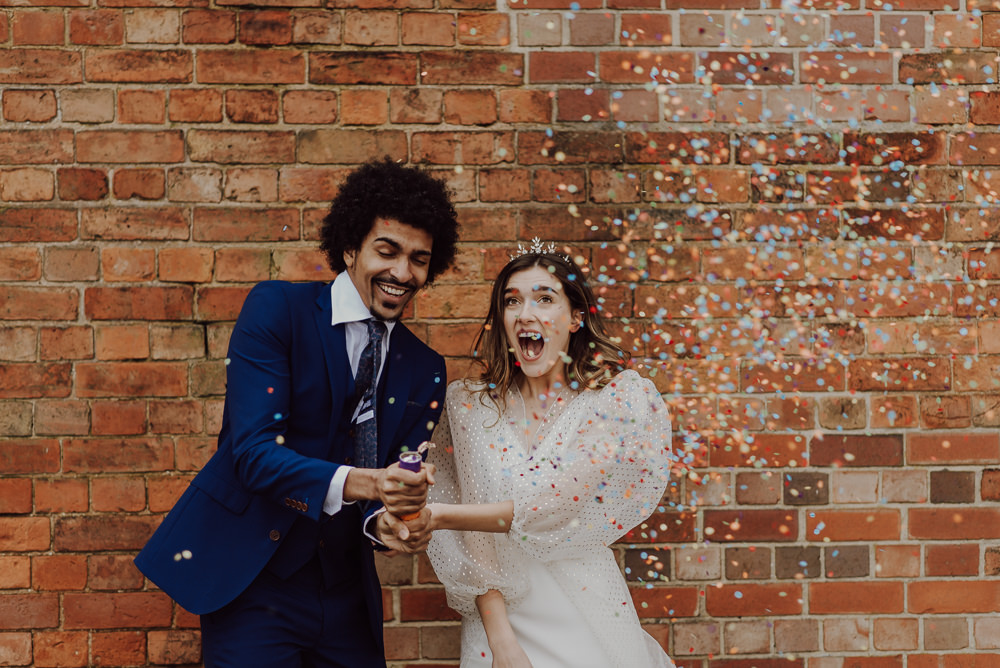 Confetti Navy Gold Wedding Ideas Gina Fernandes Photography