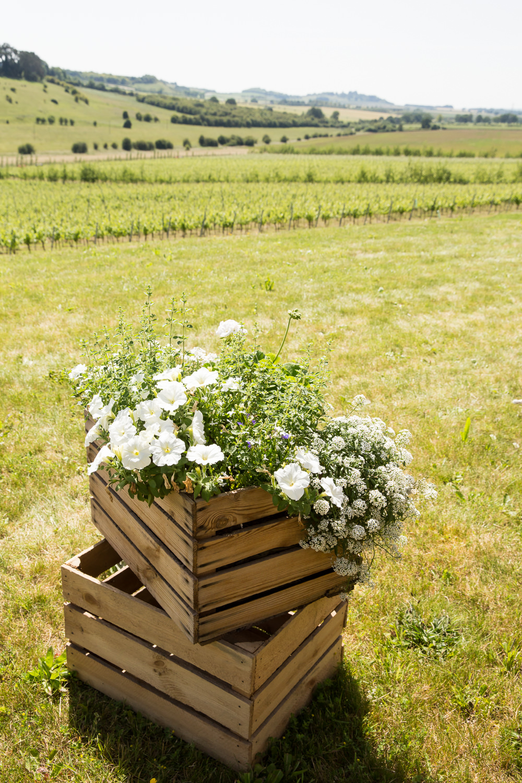 Crate Flowers Wooden Box Fullerton Estate Wedding Hannah Larkin Photography