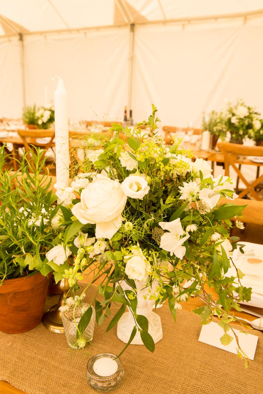Centrepiece Flowers Decor Greenery Foliage White Fullerton Estate Wedding Hannah Larkin Photography