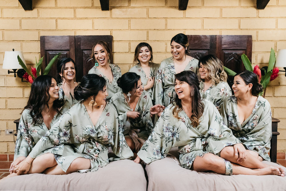 Bride Bridesmaids Dressing Gown Robe Guatemala Wedding Daniel Lopez Perez Photography