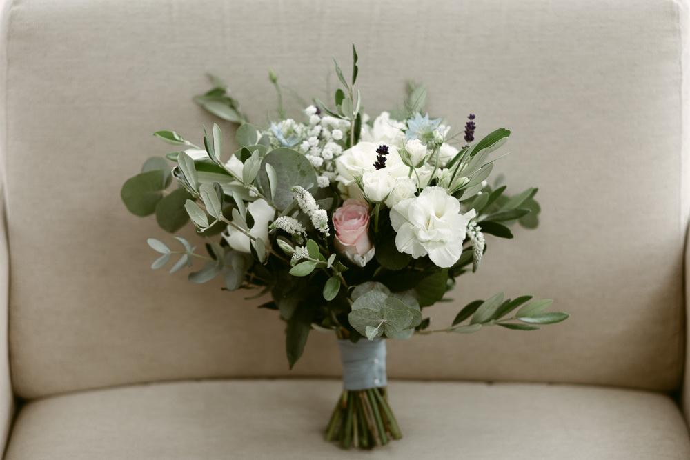 Bride Bridal Bouquet Flowers Ivory Rose Ecualyptus Ivory Pavilion Wedding Iain Irwin Photography