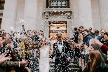 NYE Wedding Ellie Gillard Photography Confetti Throw