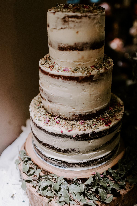 Semi Naked Cake Sponge Tall Rustic NYE Wedding Ellie Gillard Photography
