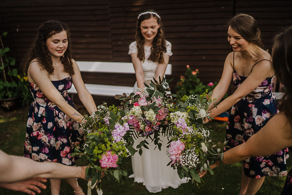 Bridesmaids Bridesmaid Dress Dresses Floral Bouquets Socially Distanced Wedding Tiffany Gage Photography